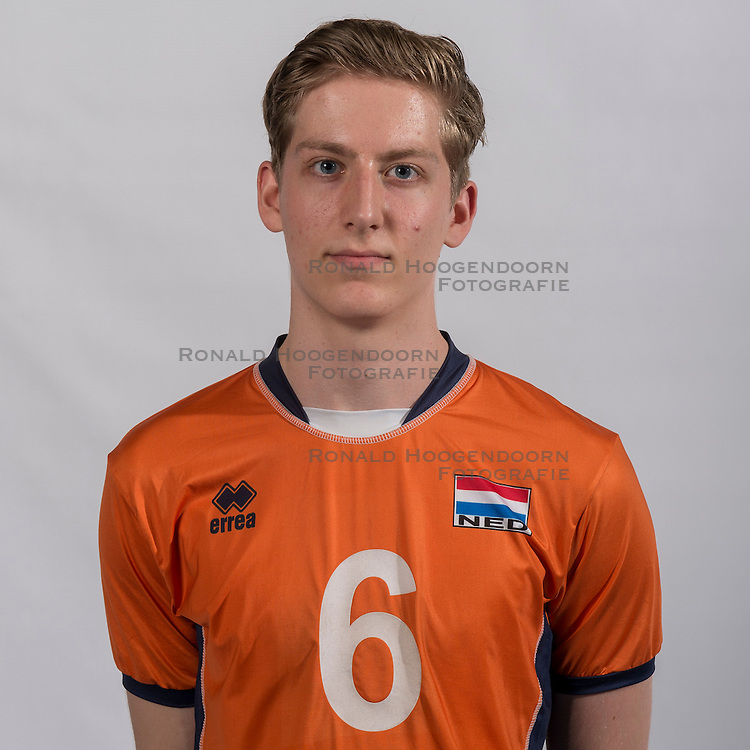07-06-2016 NED: Jeugd Oranje jongens <1999, Arnhem<br /> Photoshoot met de jongens uit jeugd Oranje die na 1 januari 1999 geboren zijn / Max van der Weerden PL