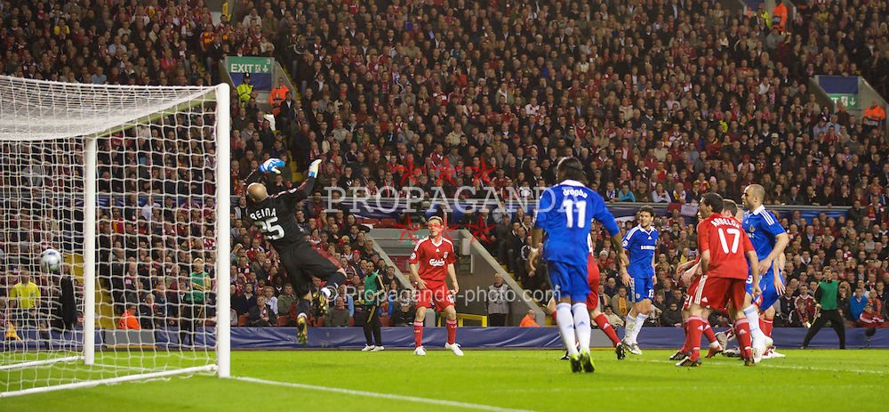 LIVERPOOL, ENGLAND - Wednesday, April 8, 2009: Chelsea's Branislav Ivanovic scores the equalising goal against Liverpool during the UEFA Champions League Quarter-Final 1st Leg match at Anfield. (Photo by David Rawcliffe/Propaganda)