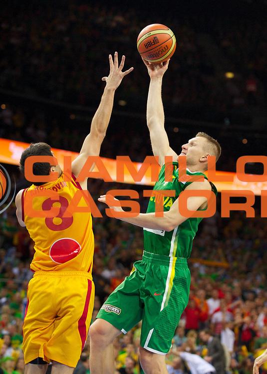 DESCRIZIONE : Vilnius Lithuania Lituania Eurobasket Men 2011 Quarter Final Round Macedonia Lituania F.Y.R. of Macedonia Lithuania<br /> GIOCATORE : Rimantas Kaukenas<br /> SQUADRA : Lituania Lithuania<br /> EVENTO : Eurobasket Men 2011<br /> GARA : Macedonia Lituania F.Y.R. of Macedonia Lithuania<br /> DATA : 14/09/2011 <br /> CATEGORIA : tiro shot<br /> SPORT : Pallacanestro <br /> AUTORE : Agenzia Ciamillo-Castoria/T.Wiedensohler<br /> Galleria : Eurobasket Men 2011 <br /> Fotonotizia : Vilnius Lithuania Lituania Eurobasket Men 2011 Quarter Final Round Macedonia Lituania F.Y.R. of Macedonia Lithuania<br /> Predefinita :