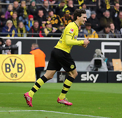 01.03.2014, Signal Iduna Park, Dortmund, GER, 1. FBL, Borussia Dortmund vs 1. FC Nuernberg, 23. Runde, im Bild Torschuetze Mats Hummels (Borussia Dortmund #15) mit erhobenem Daumen, Emotion, Freude, Glueck, Positiv, Jubel // during the German Bundesliga 23th round match between Borussia Dortmund and 1. FC Nuernberg at the Signal Iduna Park in Dortmund, Germany on 2014/03/01. EXPA Pictures © 2014, PhotoCredit: EXPA/ Eibner-Pressefoto/ Schueler<br /> <br /> *****ATTENTION - OUT of GER*****