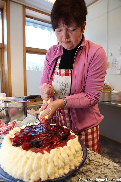 Solveig Stene og bedriften Selbumat har vært lengst blant gründerne i Myrstadbygget i Selbu. Produserer blant annet hjemmebakst med brødvarer og flatbrød, ferdige middagsretter, barnehagemat og catering.