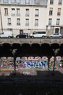 France. Paris 18th district, Former Saint Ouen railway station on the petite ceinture, the former train line, covered with mural art / l ancienne gare de Saint Ouen sur la petite ceinture, l'ancienne voie de chemin de fer qui faisait le tour de Paris. dans le 18 em arrondissement