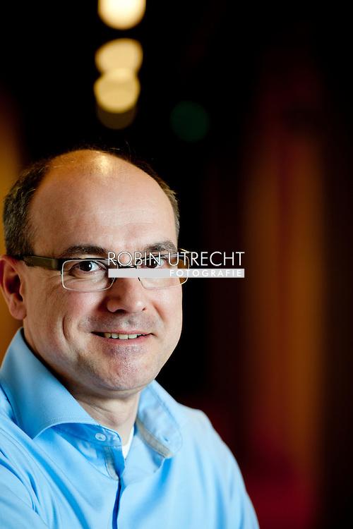 UTRECHT - Portret van Bert Weckhuysen, chemicus in Utrecht COPYRIGHT ROBIN UTRECHT
