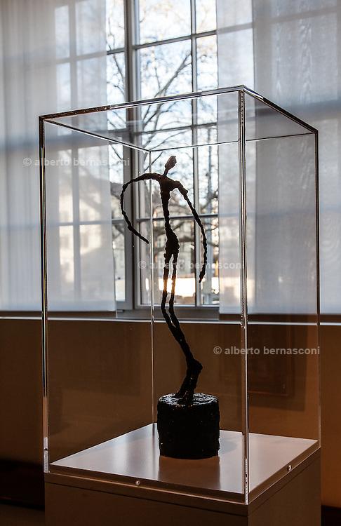 Switzerland, Zurich: Kuntshaus. Giacometti sculpture