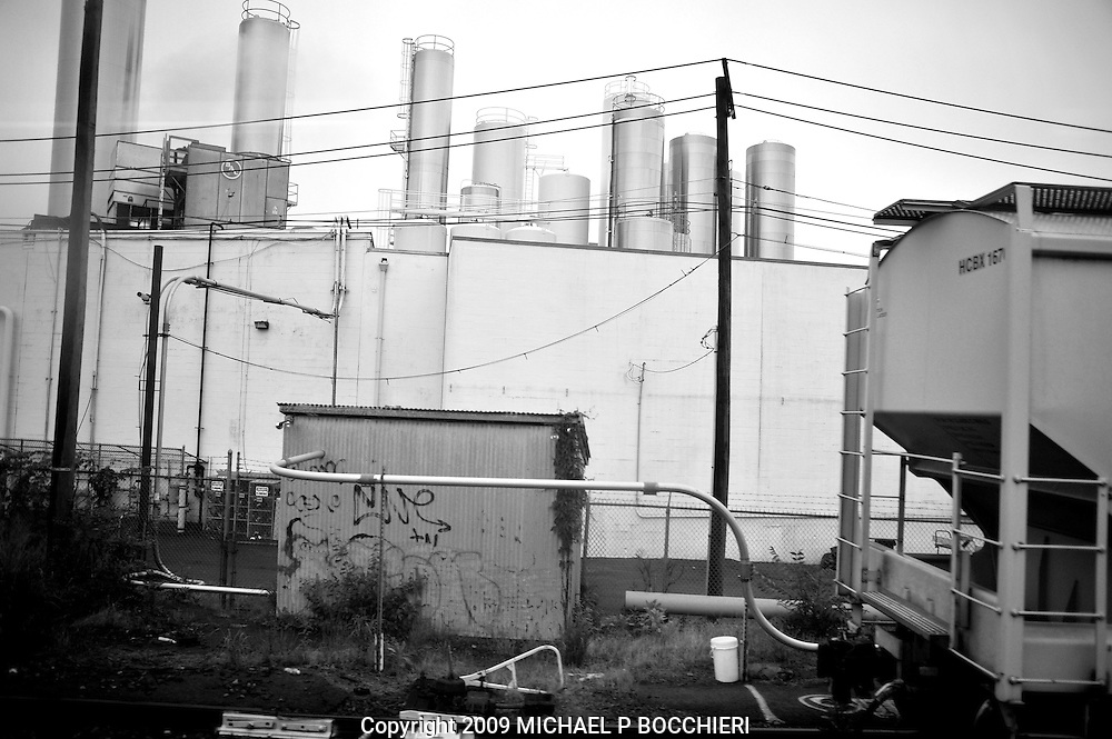 UNSPECIFIED, NJ - JUNE 11:  View from a window on a NJ Transit commuter train June 11, 2009 in UNSPECIFIED, NJ.  (Photo by Michael Bocchieri/Bocchieri Archive)