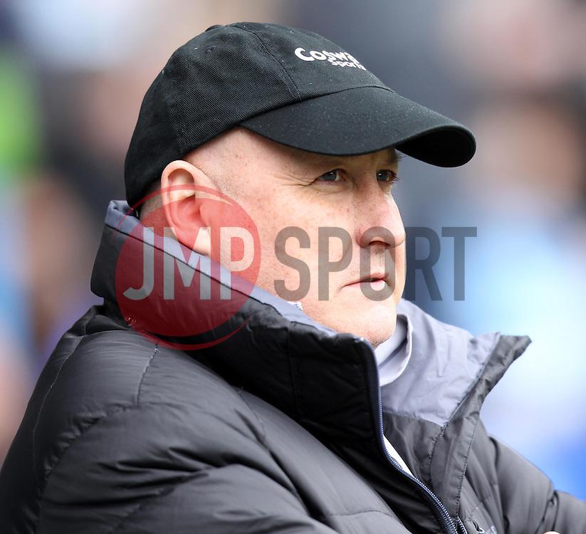 Cardiff City Manager, Russell Slade - Photo mandatory by-line: Robbie Stephenson/JMP - Mobile: 07966 386802 - 04/04/2015 - SPORT - Football - Reading - Madejski Stadium - Reading v Cardiff City - Sky Bet Championship
