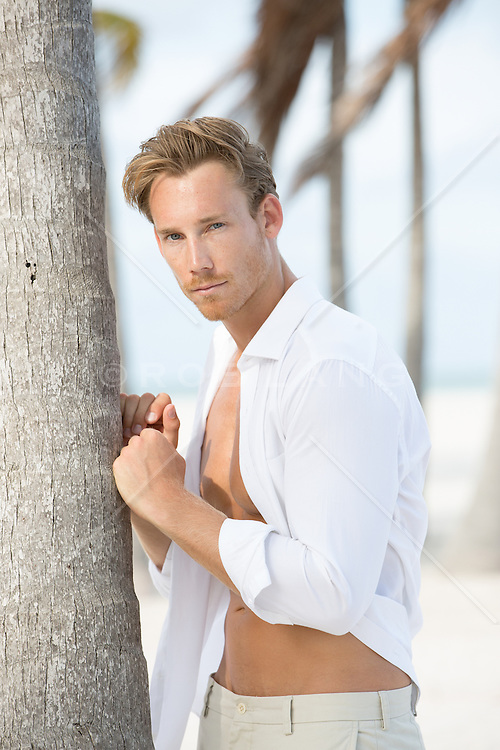 Hot Man On The Beach In Miami Fl Rob Lang Images