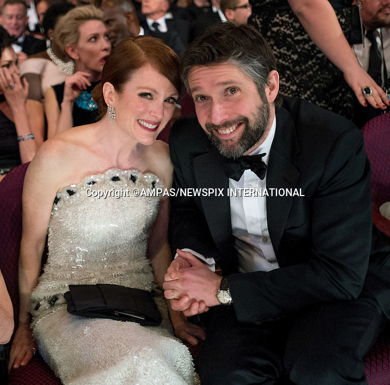 22.02.2015; Hollywood, California: 87TH OSCARS - JULIANNE MOORE AND BART FREUNDLICH<br /> during the Annual Academy Awards Telecast, Dolby Theatre, Hollywood.<br /> Mandatory Photo Credit: NEWSPIX INTERNATIONAL<br /> <br />               **ALL FEES PAYABLE TO: &quot;NEWSPIX INTERNATIONAL&quot;**<br /> <br /> PHOTO CREDIT MANDATORY!!: NEWSPIX INTERNATIONAL(Failure to credit will incur a surcharge of 100% of reproduction fees)<br /> <br /> IMMEDIATE CONFIRMATION OF USAGE REQUIRED:<br /> Newspix International, 31 Chinnery Hill, Bishop's Stortford, ENGLAND CM23 3PS<br /> Tel:+441279 324672  ; Fax: +441279656877<br /> Mobile:  0777568 1153<br /> e-mail: info@newspixinternational.co.uk