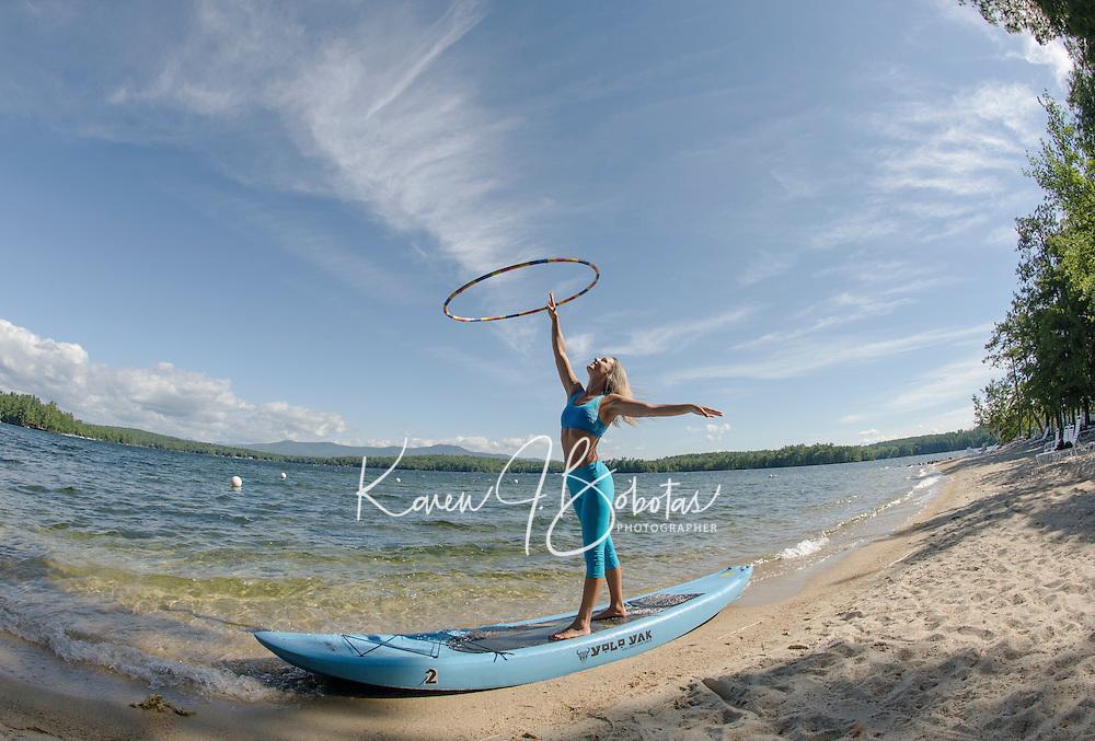 Erin Lovett Sherman artist in residence at Sandy Island Family Camp on Lake Winnipesaukee.  © Karen Bobotas Photographer