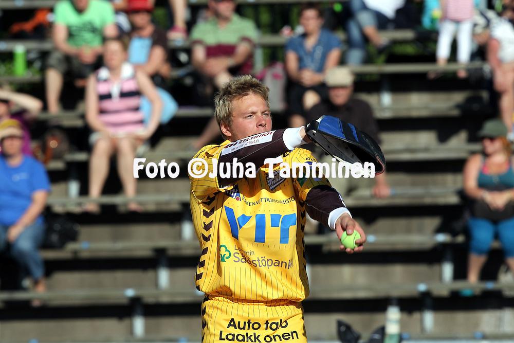 5.6.2011, Pihkala, Hyvink??..Superpesis 2011, Hyvink??n Tahko - Nurmon Jymy..Iiro Haimi - Tahko.