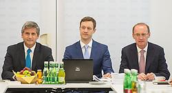 26.05.2014, OeVP Bundespartei, Wien, AUT, OeVP, Vorstandssitzung der OeVP Bundespartei. im Bild v.l.n.r. Vizekanzler und Bundesminister fuer Finanzen Michael Spindelegger (OeVP), OeVP Generalsekretaer Gernot Bluemel und Spitzenkandidat zur EU-Wahl Othmar Karas // f.l.t.r. Vice Chancellor of Austria and Minister of Finance Michael Spindelegger (OeVP), Secretary General of OeVP Gernot Bluemel and Topcandidate for EU-Election Othmar Karas before board meeting of OeVP at federal party of OeVP in Vienna, Austria on 2014/05/26. EXPA Pictures © 2014, PhotoCredit: EXPA/ Michael Gruber