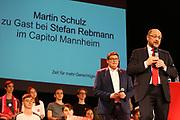 Mannheim. 19.09.17 | SPD-Kanzlerkandidat Martin Schulz im Capitol Mannheim.<br /> Im Wahlkampf zur Bundestagswahl unterstützt Kanzlerkandidat Martin Schulz Mannheims SPD Bundestagsabgeordneter Stefan Rebmann.<br /> <br /> <br /> BILD- ID 2392 |<br /> Bild: Markus Prosswitz 19SEP17 / masterpress (Bild ist honorarpflichtig - No Model Release!)