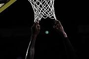 mani, retina<br /> Sidigas Scandone Avellino - Vanoli Cremona<br /> PosteMobile Final 8 2018 <br /> Quarti di Finale<br /> LegaBasket 2017/2018<br /> Firenze, 15/02/2018<br /> Foto M.Ceretti / Ciamillo - Castoria