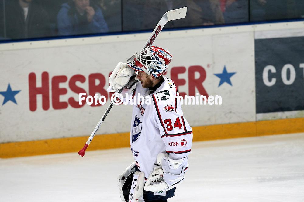 14.4.2011, Barona Areena, Tapiola, Espoo..J??kiekon SM-liiga 2010-11, play-offs: 2. loppuottelu Blues - HIFK. .Juuso Riksman - HIFK.©Juha Tamminen.