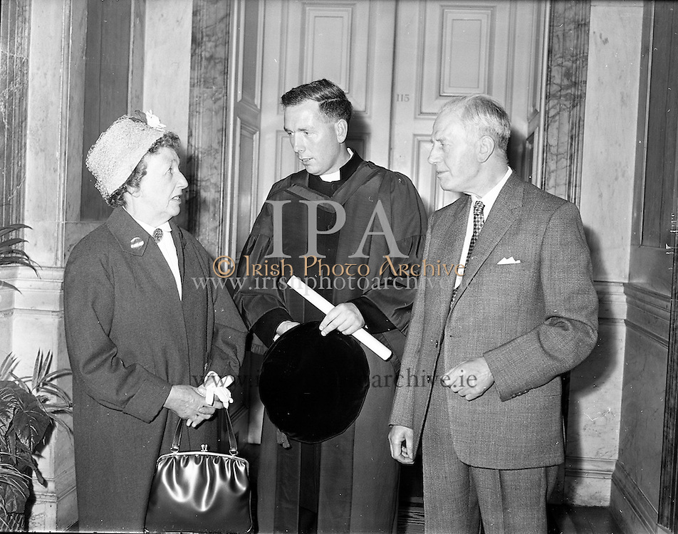 Conferring of Degrees at Iveagh House Dublin.<br /> 13.07.1961