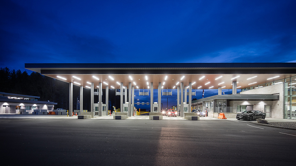 CBSA Vehicle Border Crossing, Aldergrove | Ratio Architecture | 2016