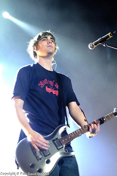 Busted play their biggest venue of their career to date at The Hallam FM Arena 2004 Charlie Simpson<br /> image copyright Paul David Drabble<br /> 7th March 2004
