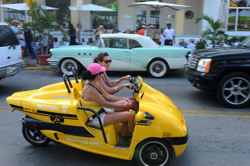 Strassenszene am Ocean Drive, Miami Beach..Florida 2009..Foto © Stefan Falke.