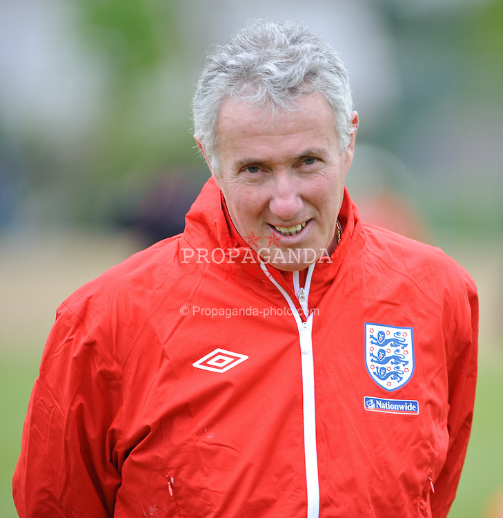 IRDNING, AUSTRIA - Wednesday, May 19, 2010: England's coach Franco Tancredi during a training session in Irdning as the squad prepare for their World Cup campaign. (Pic by Sandro Zangrando/Expa/Propaganda)
