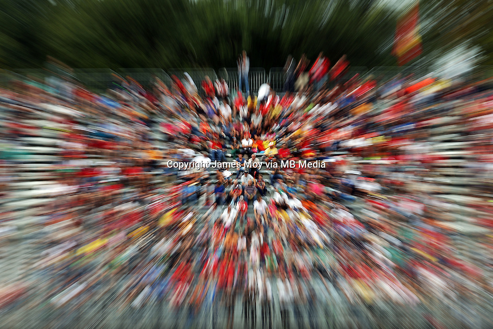 Fans.<br /> Italian Grand Prix, Friday 5th September 2014. Monza Italy.