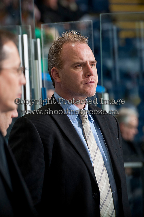 KELOWNA, CANADA - MARCH 28: Mike Williamson, head coach of the Tri-City Americans stands on the bench against the Kelowna Rockets on March 28, 2015 at Prospera Place in Kelowna, British Columbia, Canada.  (Photo by Marissa Baecker/Getty Images)  *** Local Caption *** Mike Williamson;