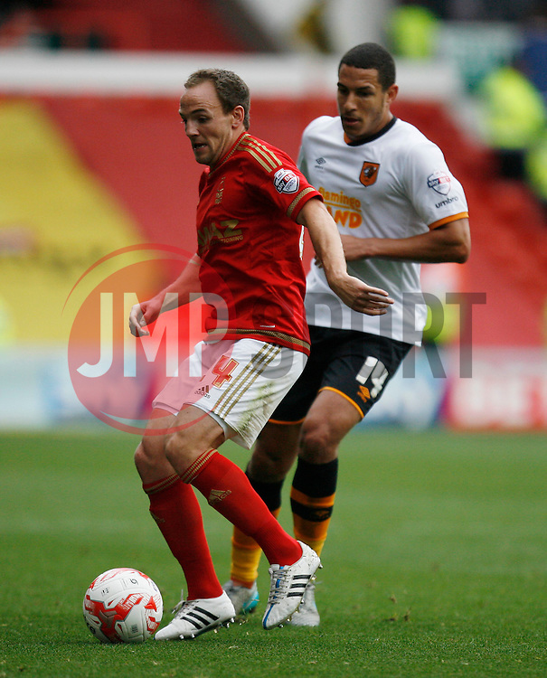 David Vaughan of Nottingham Forest (L) and Jake Livermore of Hull City in action - Mandatory byline: Jack Phillips / JMP - 07966386802 - 3/10/2015 - FOOTBALL - The City Ground - Nottingham, Nottinghamshire - Nottingham Forest v Hull City - Sky Bet Championship