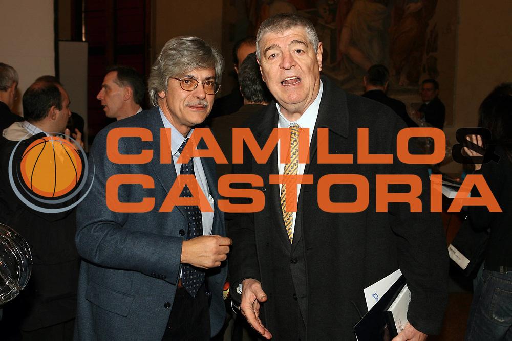DESCRIZIONE : Bologna Palazzo Accursio Presentazione della Hall of Fame della FIP Federazione Italiana Pallacanestro<br /> GIOCATORE : Mario Arceri Dado Lombardi<br /> SQUADRA : FIP Federazione Italiana Pallacanestro <br /> EVENTO :  Presentazione Hall of Fame<br /> GARA : <br /> DATA : 11/02/2007 <br /> CATEGORIA : Award<br /> SPORT : Pallacanestro <br /> AUTORE : Agenzia Ciamillo-Castoria/G.Ciamillo<br /> Galleria : Fip Nazionali 2007<br /> Fotonotizia : Bologna Palazzo Accursio Presentazione della Hall of Fame della FIP Federazione Italiana Pallacanestro<br /> Predefinita :