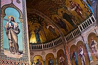 Georgie, Caucase, Tbilissi, vieille ville, cathedrale Sioni, interieur, fresque representant les scenes bibliques  // Georgia, Caucasus, Tbilisi, old city, Sioni Cathedral, interior frescoes representing Biblical scenes,
