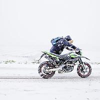 Nederland,Amsterdam, 10 december.<br /> Eerste echte winterse dag.<br /> Op de foto: De Landsmeerderdijk in Amsterdam Noord.<br /> <br /> <br /> Foto: Jean-Pierre Jans