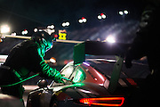 January 30-31, 2016: Daytona 24 hour: Park Place Porsche mechanic during a routine pitstop