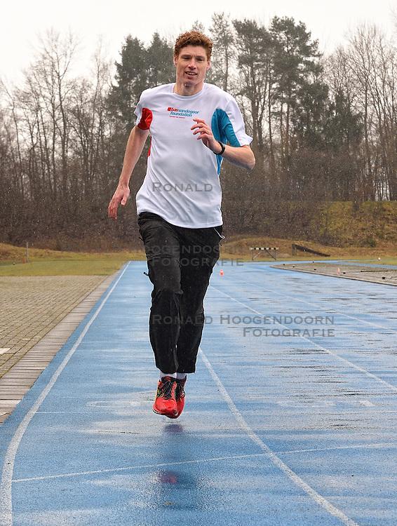 21-03-2015 NED: We Run 2 Change Diabetes NY 2015, Arnhem<br /> We run to change diabetes, training van de groep hardlopers met diabetes die op 1 november 2015 hun grenzen gaan verleggen in de marathon van New York / Bas