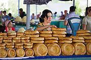 Uzbekistan, Tashkent. Chorsu Bazaar. Bread.