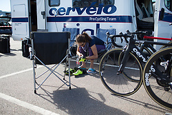 Joelle Numainville (CAN) of Cervélo-Bigla Cycling Team cleans her shoes before the 117,5 km third stage of the 2016 Ladies' Tour of Norway women's road cycling race on August 13, 2016 between Svinesund, Sweden and Halden, Norway. (Photo by Balint Hamvas/Velofocus)