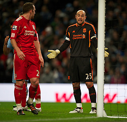 03.01.2012, Etihad Stadion, Manchester, ENG, PL, Manchester City vs FC Liverpool, 19. Spieltag, im Bild Liverpool's goalkeeper Jose Reina looks dejected against Manchester City during the football match of English premier league, 19th round, between Manchester City and FC Liverpool at Etihad Stadium, Manchester, United Kingdom on 2012/01/03. EXPA Pictures © 2012, PhotoCredit: EXPA/ Propagandaphoto/ David Rawcliff..***** ATTENTION - OUT OF ENG, GBR, UK *****
