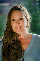 Headshot of Linda