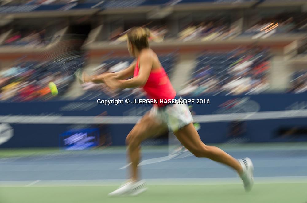 SIMONA HALEP (ROU)<br /> <br /> Tennis - US Open 2016 - Grand Slam ITF / ATP / WTA -  USTA Billie Jean King National Tennis Center - New York - New York - USA  - 1 September 2016.