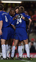 Fotball: Chelsea goalkeeper Carlo Cudicini (centre) celebrates withn team-mates William Gallas (left) and Sam Dalla Bona (right) after beating Liverpool 4-0 at Stamford Bridge.<br /><br />Foto: David Rawcliffe, Digitalsport