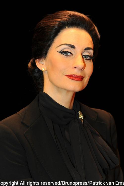 Premiere Masterclass met Pia Douwes in de rol van Maria Callas in theater Chasse in Breda.<br /> <br /> Op de foto: Daphne Flint Pia Douwes
