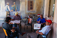 Italie. Sardaigne. Peintures murales dans un bar du village de San Sperate. // Italy, Sardinia, Mural painting on the bar of the village of San Sperate.
