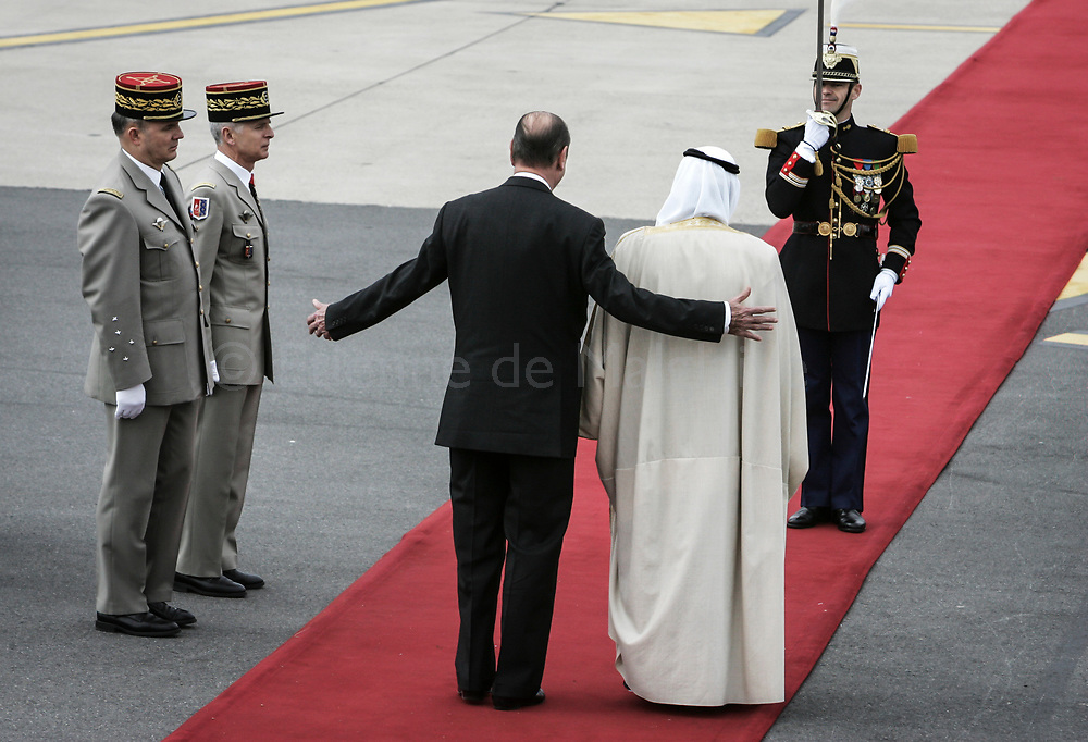 Visiting Saudi Prince Abdallah Ben Abdel Aziz is welcomed at Pairs Orly airport by French President Jacques Chirac.