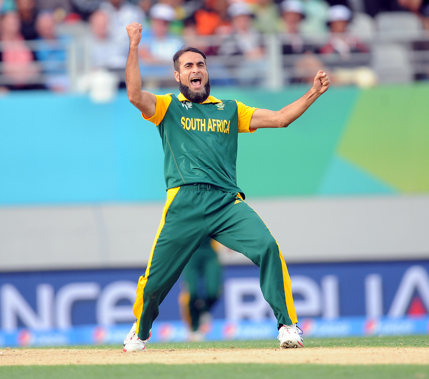 South Africa's Muhammad Imran Tahir celebrates the lbw dismissal of Pakistan's Wahab Riaz for 0 in the ICC Cricket World Cup at Eden Park, Auckland, New Zealand, Saturday, March 07, 2015. Credit:SNPA / Ross Setford