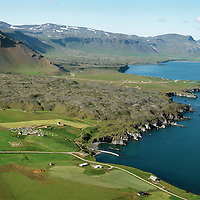 Hellnar, Gíslabær / Gislabaer, Arnarstapi in background, aerial, Snæfellsbær áður Breiðuvíkurhreppur / Snaefellsbaer former Breiduvikurhreppur.