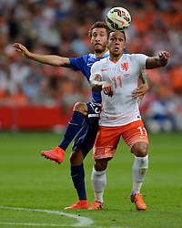 05-06-2015 NED: Oefeninterland Nederland - USA, Amsterdam<br /> Oranje verliest oefeninterland tegen Verenigde Staten met 4-3 / Memphis Depay #11, Fabian Johnson #23