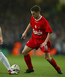 CARDIFF, WALES - Sunday, March 2, 2003: Liverpool's Michael Owen in action against Manchester United during the Football League Cup Final at the Millennium Stadium. (Pic by David Rawcliffe/Propaganda)