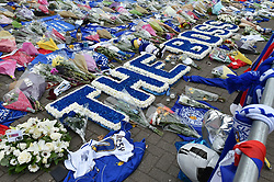 Flowers laid by the Leicester City players (c) Simon Kimber | SportPix.org.uk