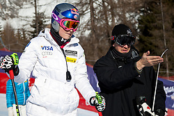 23.01.2011, Tofana, Cortina d Ampezzo, ITA, FIS World Cup Ski Alpin, Lady, Cortina, SuperG, im Bild Lindsey Vonn (USA, #18) mit ihrem Ehemann Thomas bei Streckenbesichtigung // Lindsey Vonn (USA) with her Husband.Thomas during FIS Ski Worldcup ladies SuperG at pista Tofana in Cortina d Ampezzo, Italy on 23/1/2011. EXPA Pictures © 2011, PhotoCredit: EXPA/ J. Groder