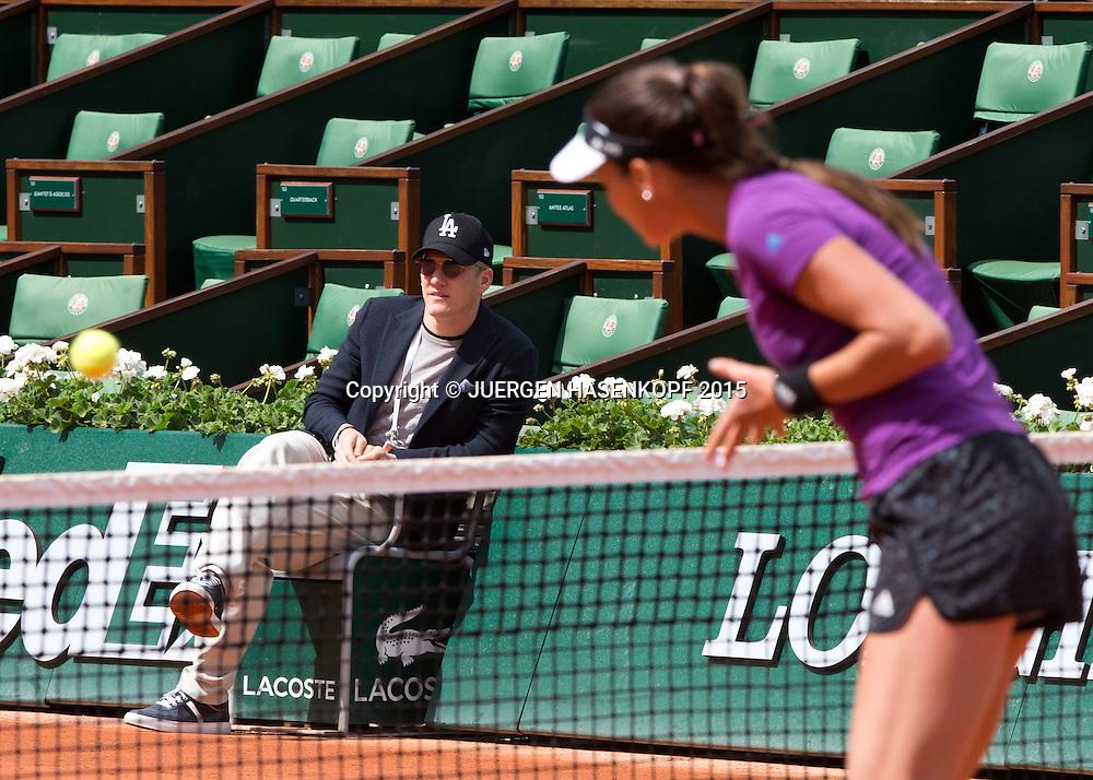 Ana Ivanovic Freund Bastian Schweinsteiger als Zuschauer beim Training auf dem Centre Court von Roland Garros,<br /> <br /> Tennis - French Open 2015 - Grand Slam ITF / ATP / WTA -  Roland Garros - Paris -  - France  - 2 June 2015.