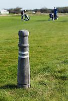 TEXEL- Cocksdorp-TEXELSE GOLF. 150 meter paaltje.  COPYRIGHT KOEN SUYK