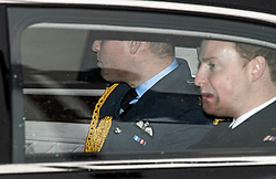 © Licensed to London News Pictures. 14/01/2020. London, UK. PRINCE WILLIAM, DUKE OF CAMBRIDGE (rear) is seen leaving Buckingham Palace in London. Yesterday Queen Elizabeth II held a summit meeting with senior members of the Royal family at Sandringham, following a recent announcement that Prince Harry and Megan, The Duke and Duchess of Sussex, will be stepping back from official Royal duty and spending more time abroad. Photo credit: Ben Cawthra/LNP