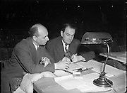 Pantomime at Theatre Royal, Lewis Ellman (Producer) and B. E. Bean, Strand Electric Co., London (Lighting Expert).18/12/1952